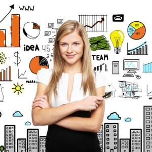 curso online community manager. Imagen de mujer con estrategia de negocio online